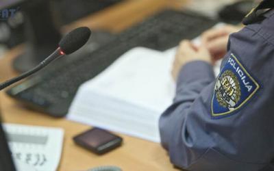 Mlada policajka prijavila šefa za seksualno uznemiravanje, ali sud ga je – oslobodio