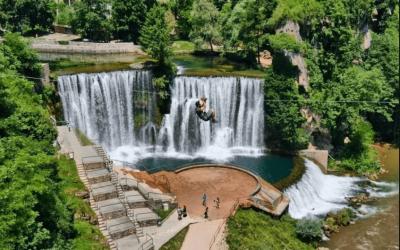 NOVA ATRAKCIJA- U Jajcu na jednom od najljepših vodopada na svijetu od sutra će biti otvoren zipline