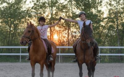 """Pozitivna priča- Melani i Marija iz Gruda: """"Naš konjički klub utočište je za ljubitelje prirode i zdravog života!"""""""