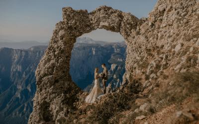 POSEBNA USPOMENA- Ljubav na vrhu Čvrsnice: Mladenci napravili jedinstvene fotografije na bh. ljepotici